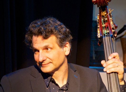 John Patitucci listening to Danilo's welcome