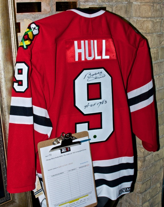 autographed jersey from Bobby Hull, Chicago Blackhawks