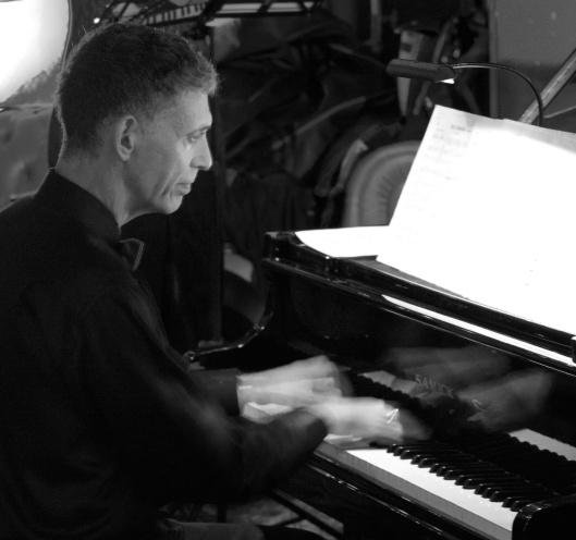 Jordan Klapman, piano