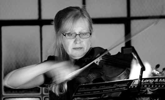 Jane Woods, violin